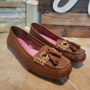 Issac Mizrahi Women's Brown Leather Tassel Loafer